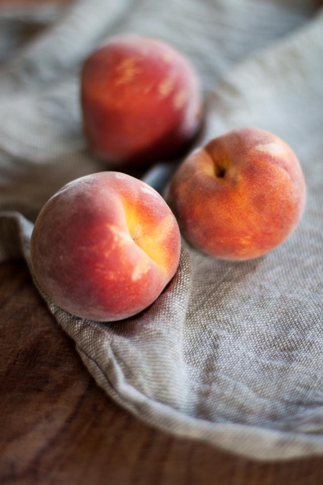 Peaches pesche ripiene