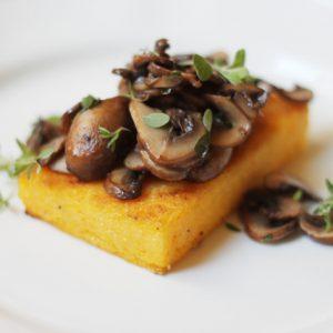 Going wheat free: Polenta crostini with mushrooms