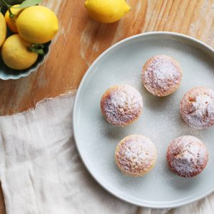 Little lemon polenta cakes