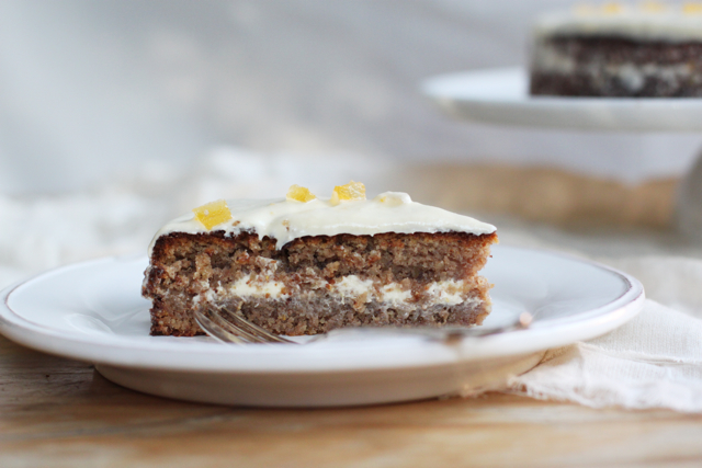 torta di noci - walnut cake with lemon buttercream