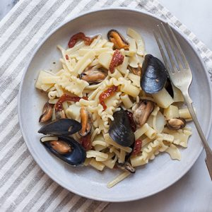 Pasta mista con patate e cozze - Pasta with potatoes and mussels