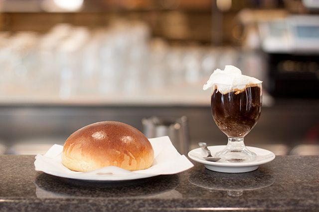 granita and brioche in Pachino