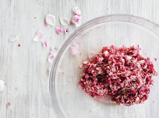 rose-petal-jam
