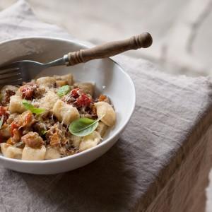Ricotta gnocchi, a recipe from Ostro
