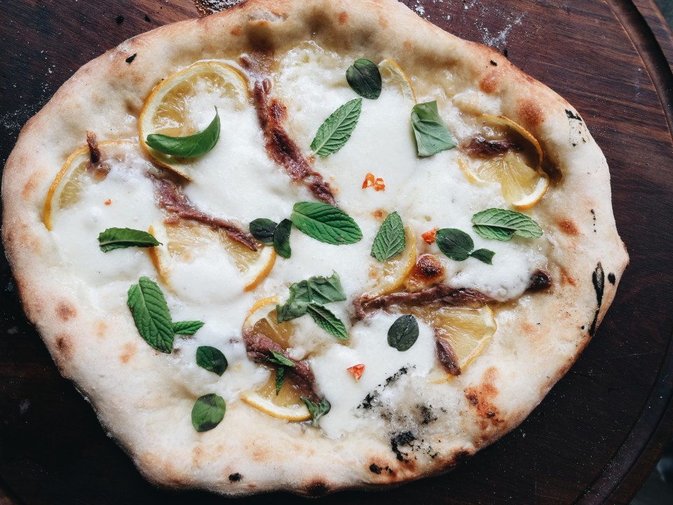 lemon and anchovy pizza