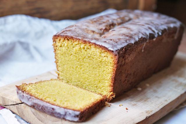 pistachio, polenta and olive oil pound cake