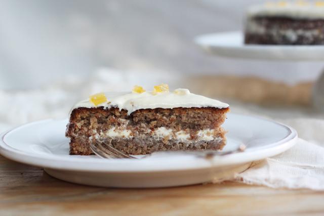 torta di noci - walnut cake with lemon buttercream