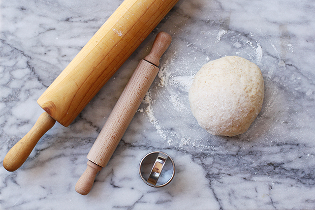 making pizzette