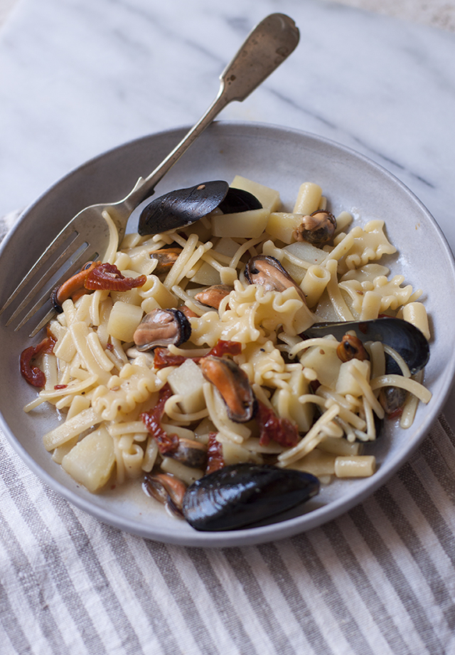 patate cozze - pasta with potatoes and mussels