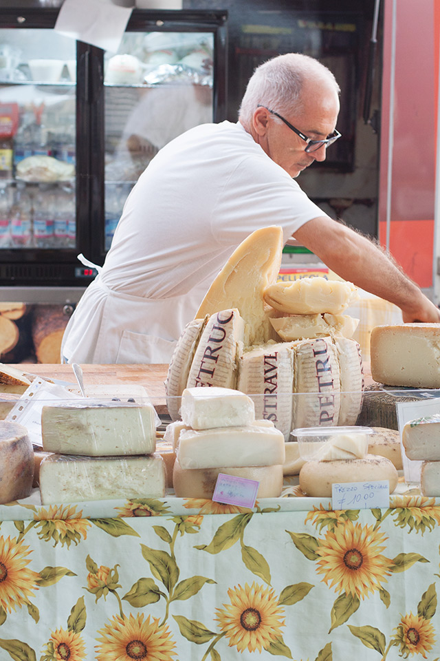 market cheese at Colle Val d'Elsa