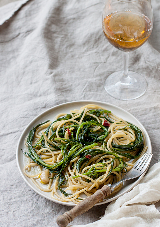 spaghetti with agretti