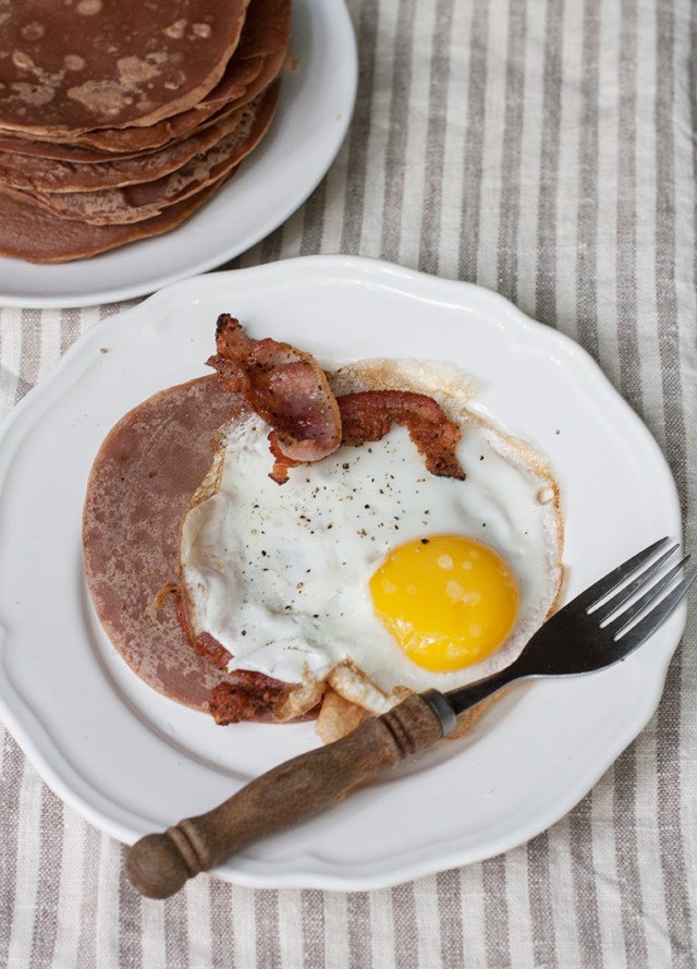 Chestnut necci with eggs and rigatino