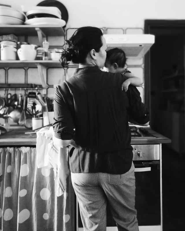 Cooking with one hand - Emiko Davies